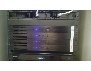 [CASO STUDIO] Ecco i sistemi rack fanless per prestazioni 24h che Aten ha scelto per i loro show room
